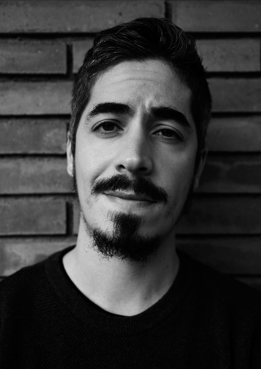 """Khris Cembe, réalisateur de """"Soy una tumba"""" (2018)"""